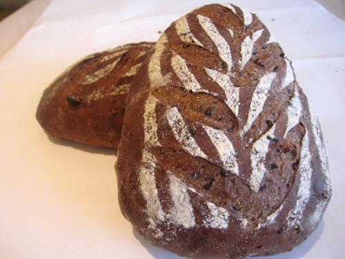 五黑麵包-大里樂果手創烘焙