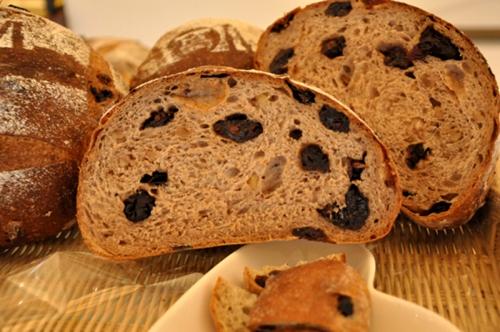巨峰葡萄麵包 (3)-樂果手創烘焙-歐式麵包