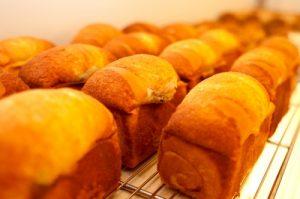 杏仁椰奶小吐司麵包
