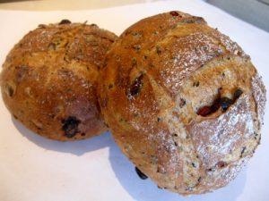 糙米黑豆麵包