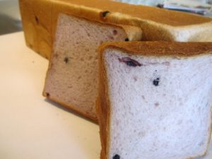 藍莓紫地瓜吐司麵包